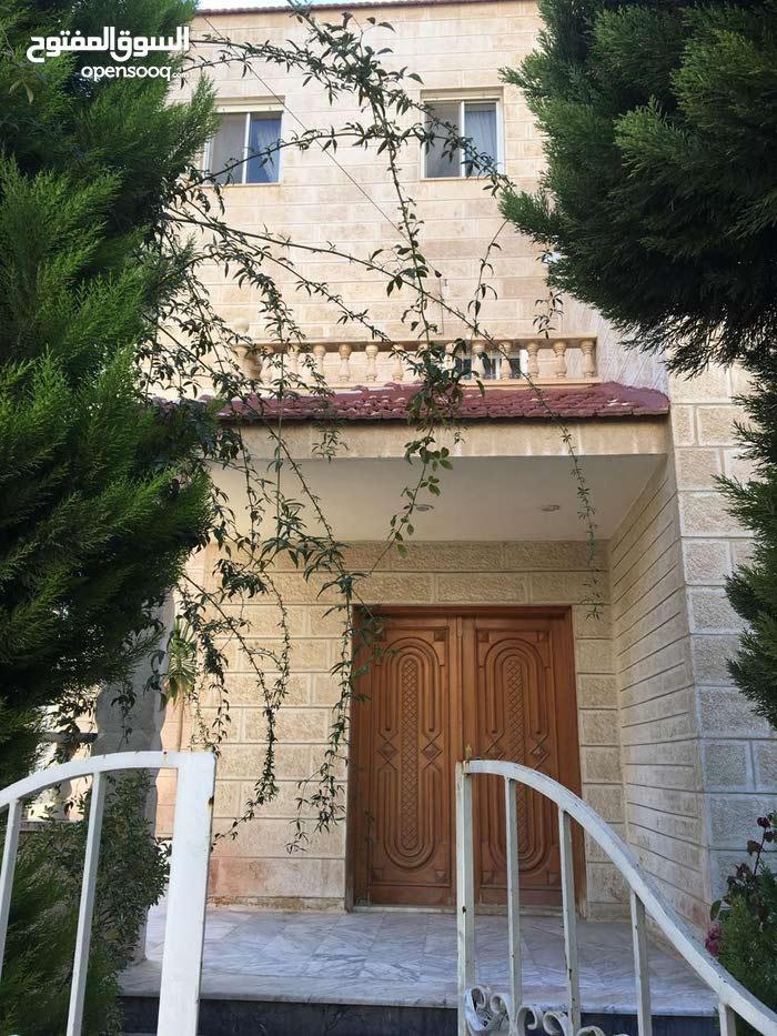 420 sqm  Villa for rent in Amman