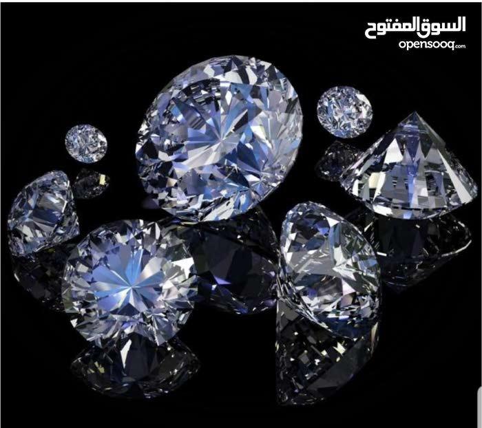 نشتري الماس بانواعه   خام او قطع كبيره