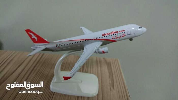للبيع مجسم طائرة طيران العربية