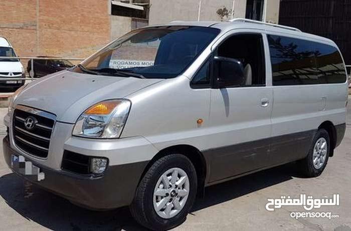 km mileage Hyundai H-1 Starex for sale