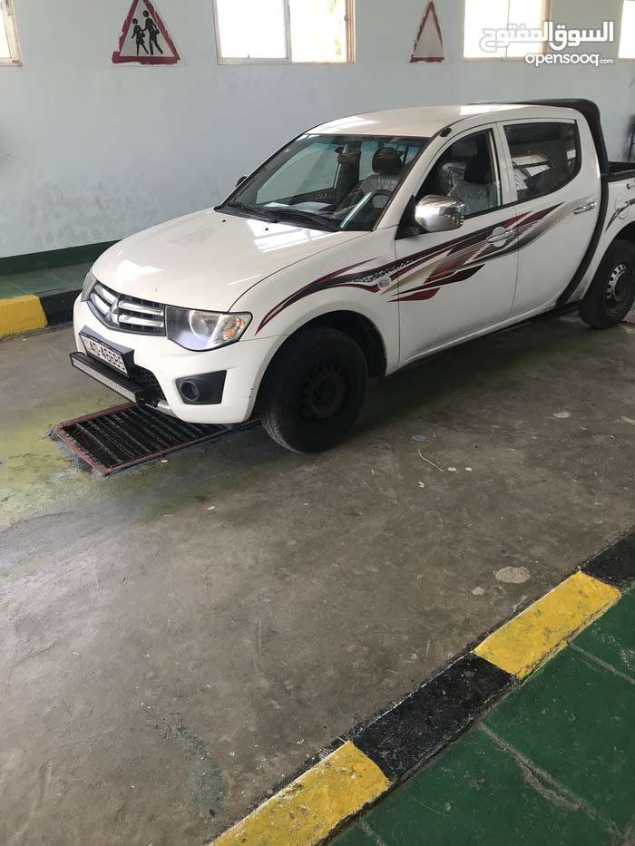 Mitsubishi L200 for sale, New and Manual