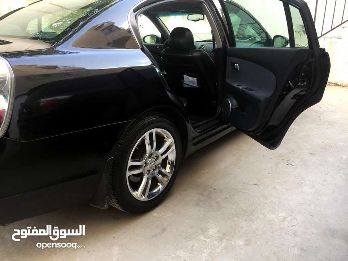 Nissan Altima car for sale 2005 in Amman city