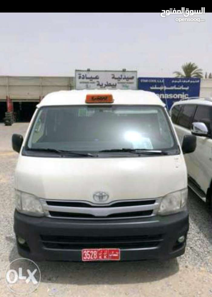 Toyota Hiace car for sale 2013 in Muscat city
