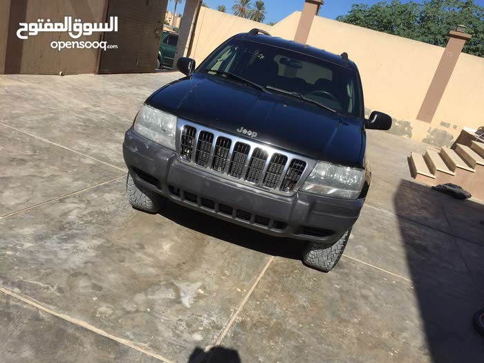 Used condition Jeep Grand Cherokee 2004 with  km mileage