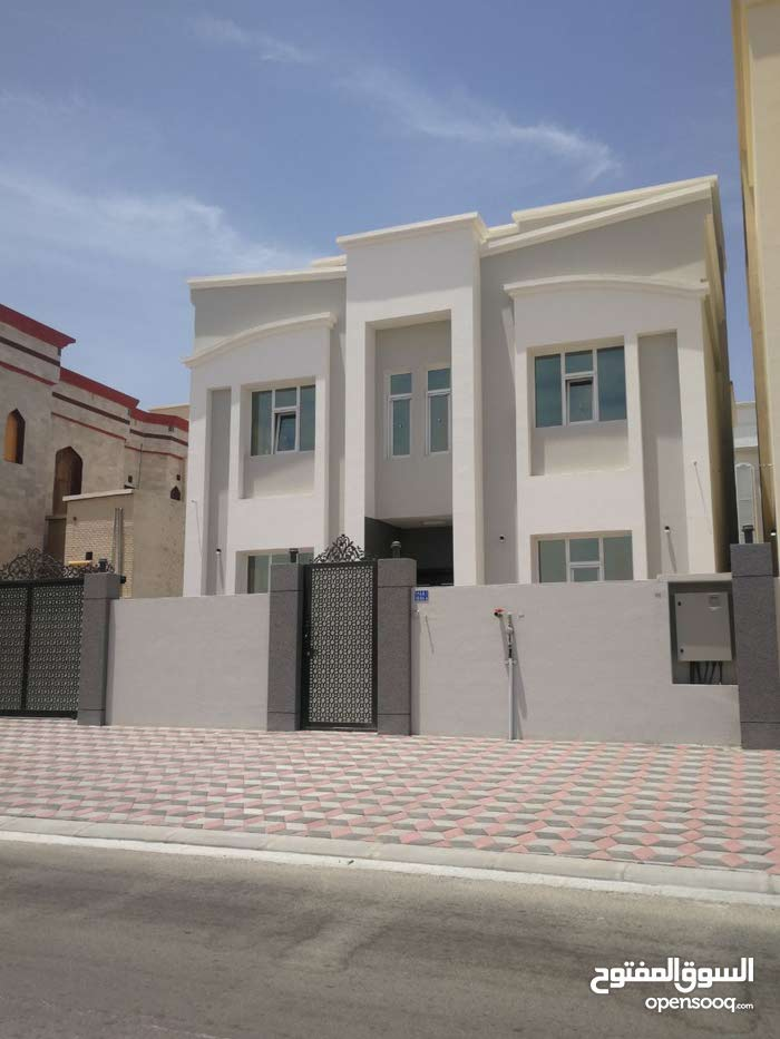 Villa in Seeb Mawaleh South for sale