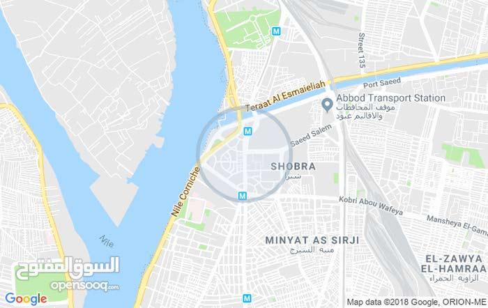 للبيع محل في شارع شبرا مصر الرايسى في ميدان  ت 01127505074