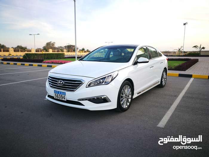 Hyundai Sonata 2015 For sale - White color