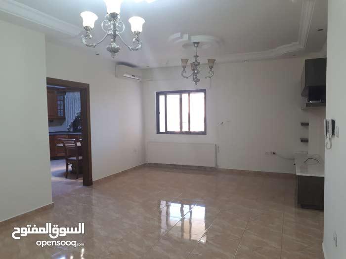 شقة مميزة. للبيع تلاع العلي 230م