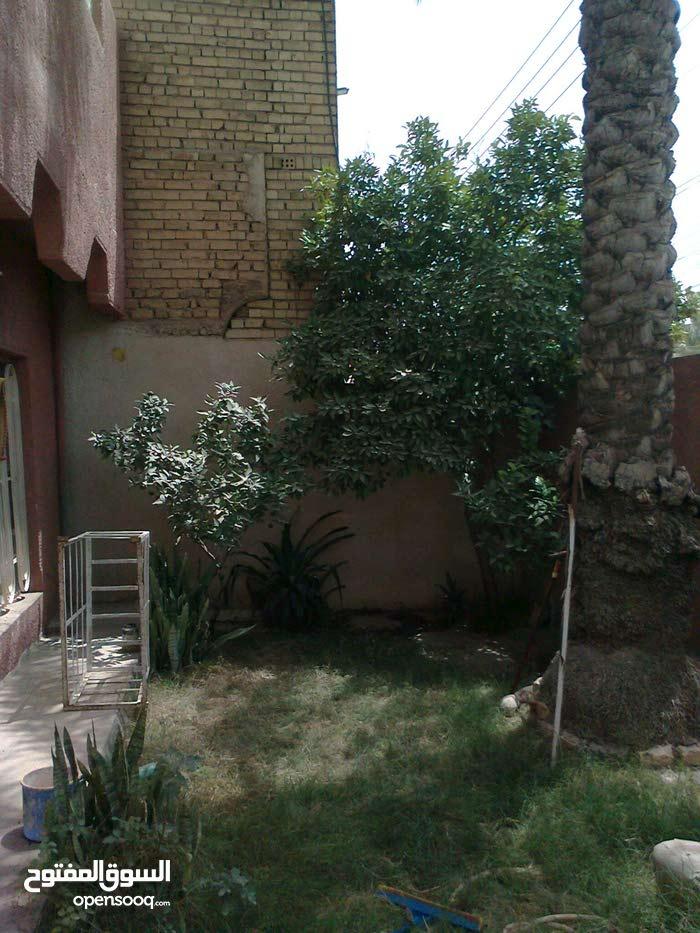 بيت في منطقة حي الجهاد للبيع كاش فقط!!
