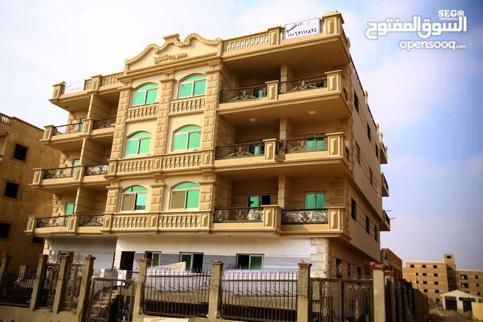 شقة في قلب الشيخ زايد بسعر مميز جدا