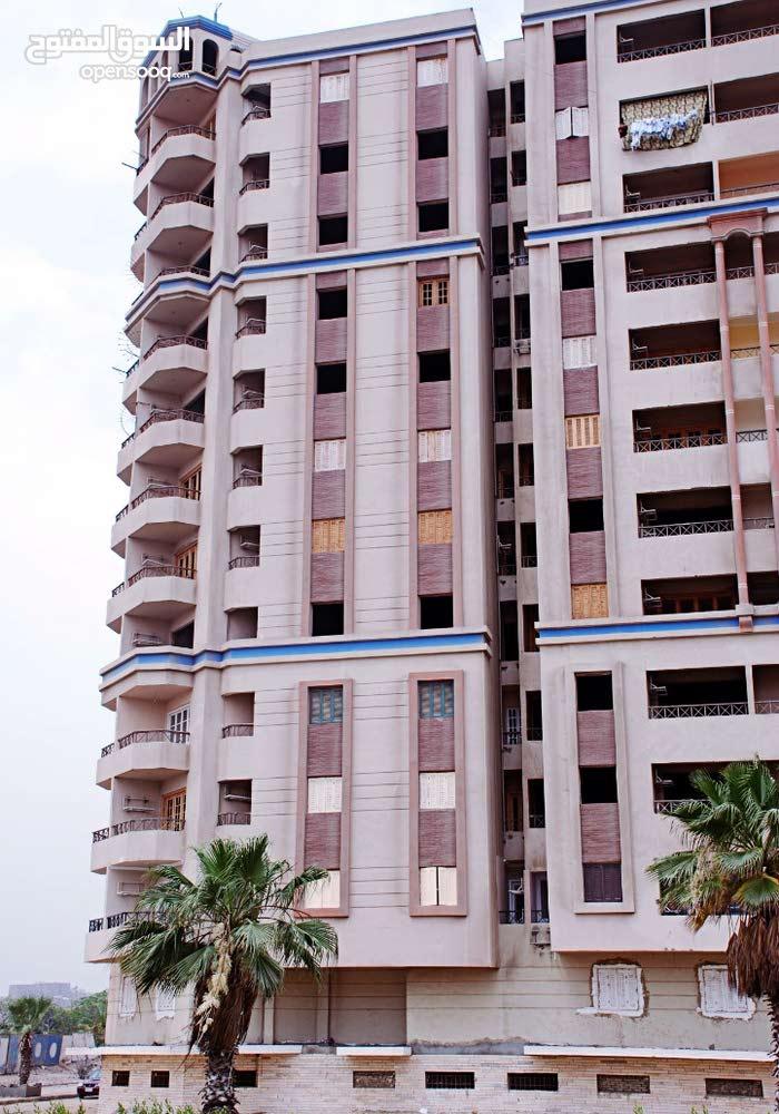 الاماكن بوسط البلد  بالقرب من وسط البلد و كورنيش النيل و محطة مترو الزهراء