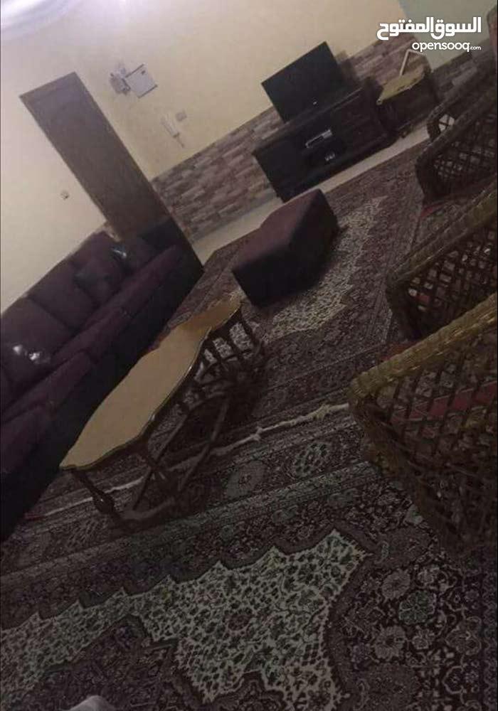 شقة مفروشة للايجار مقابل جامعة العلوم التطبقية