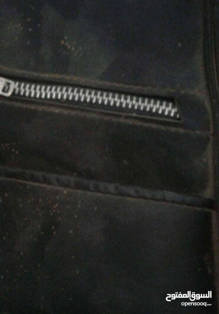 محفظه جلد بسوسته حديد قديمه من الخمسينات بحالتها