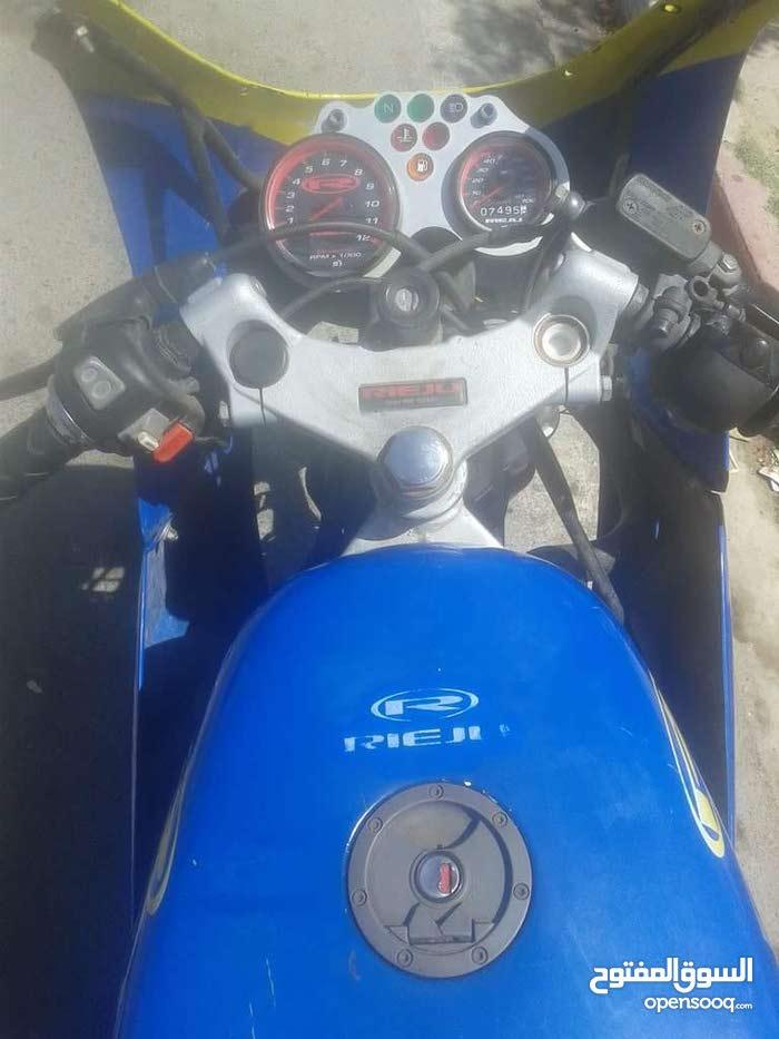 دراجة نارية sr1 للبيع
