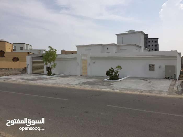 منزل بمساحة ارض 600 بقيمة 77000 قابل للتفاوض في المعبيلة الثامنة