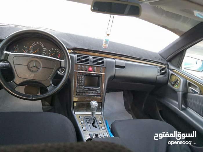 20,000 - 29,999 km mileage Mercedes Benz E 400 for sale