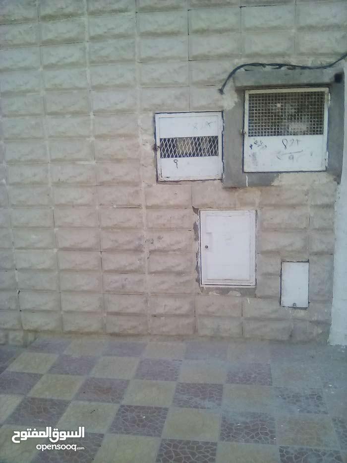منزل 120م للبيع - موجود بحي الرياض