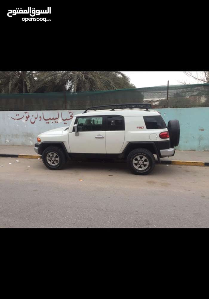 Toyota FJ Cruiser in Tripoli