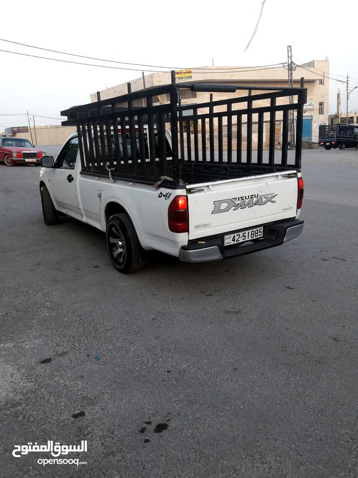 2005 Used D-Max with Manual transmission is available for sale