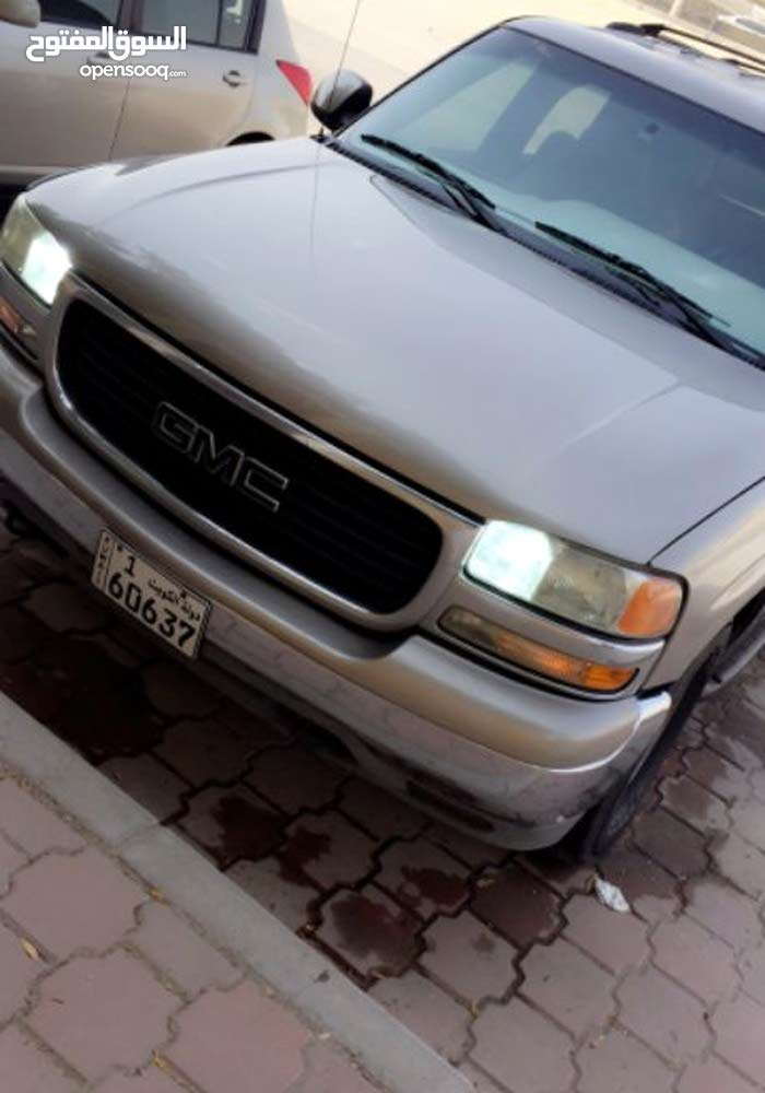 Automatic Gold GMC 2001 for sale