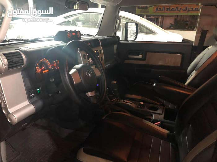 Toyota FJ Cruiser car for sale 2017 in Baghdad city
