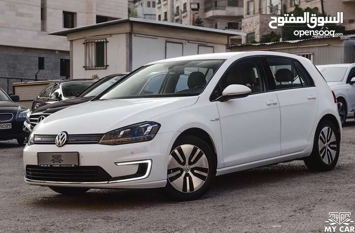 Volkswagen E-Golf 2015 - Automatic