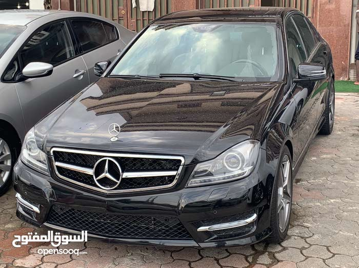 Black Mercedes Benz C 300 2009 for sale