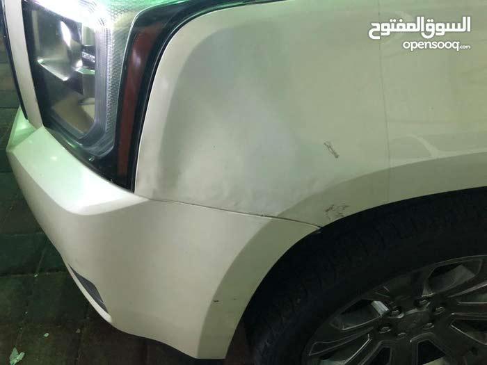 GMC Yukon car for sale 2015 in Al Jubail city