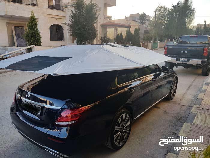 مظلات سيارات فاخرة