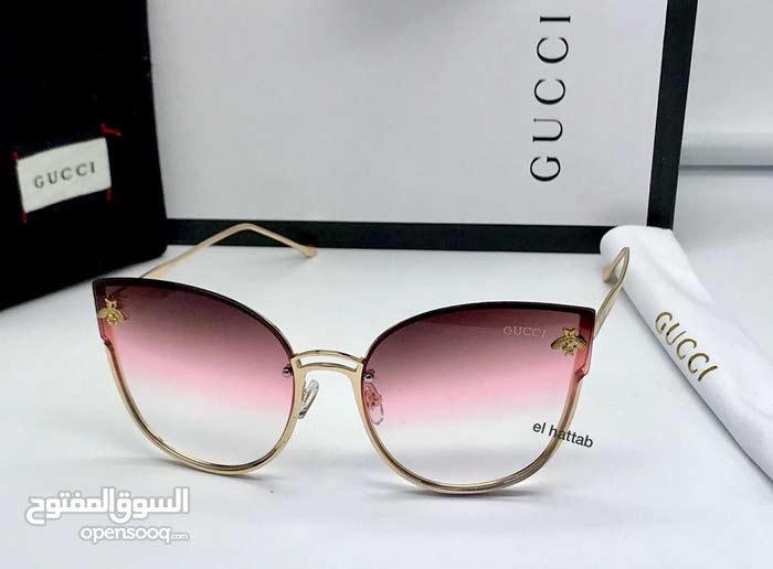 Gucci avec boit top model new