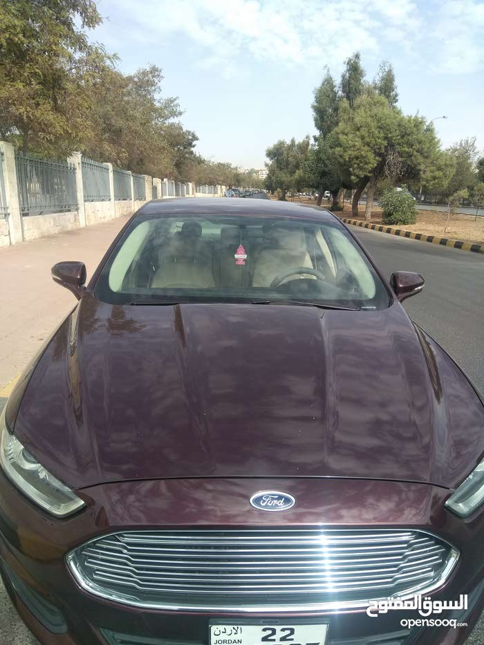 Ford Fusion made in 2013 for sale