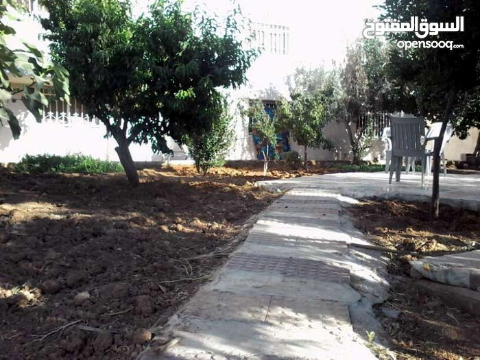 This aqar property consists of More Rooms and More than 4 Bathrooms in Amman Abu Nsair