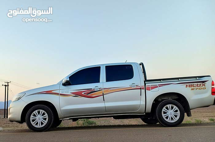 Toyota Hilux 2014 For sale - Silver color