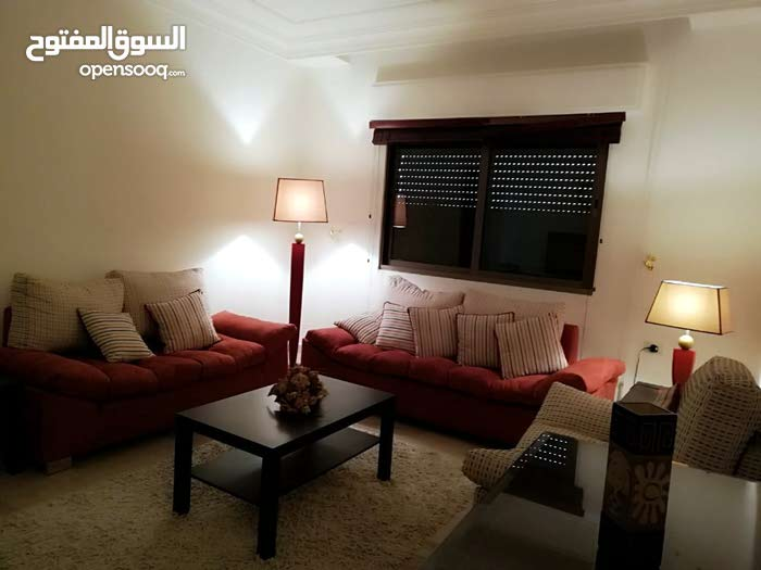 Medina Street apartment for rent with 3 rooms
