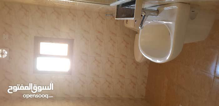 للإيجار استيديو في قلالي غرفه وحمام ومطبخ
