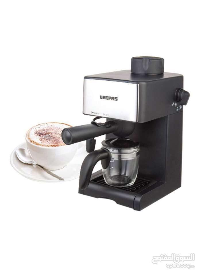 ماكينة إعداد الكابتشينو أسود