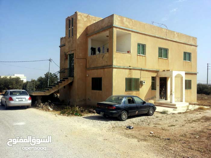 More rooms  apartment for sale in Irbid city