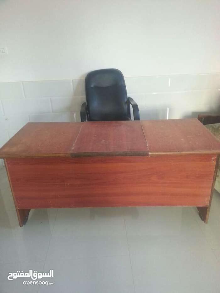 مكتب وكرسي  فقط 220 ش جوال8928650