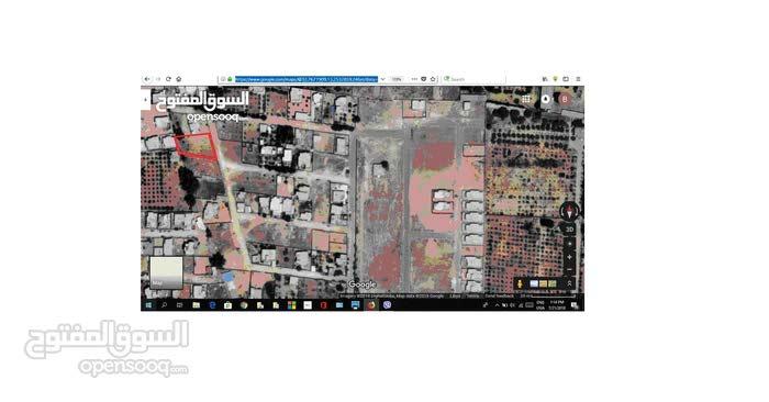 قطعة ارض بعين زارة بالقرب من مسجد سعد ابن معاذ وقريبة ايضا من الاستراحة الحمراء للبيع