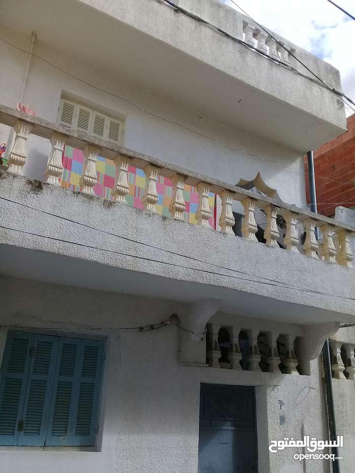 منزل للبيع في منطقة شباوى واد اليل منوبة