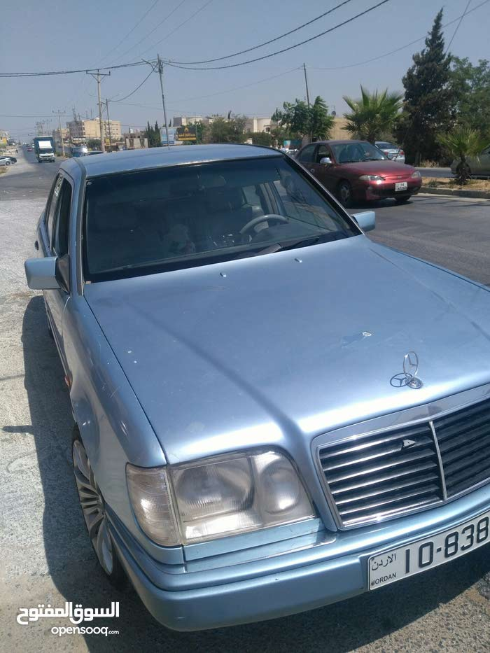 Automatic Mercedes Benz E 200 1993