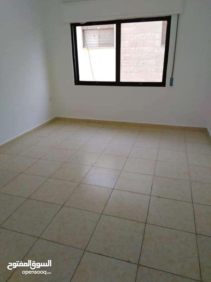 2 نوم شقة فارغة للايجار ضاحية الرشيد 250دينار