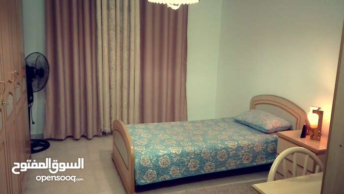 3 rooms  apartment for sale in Amman city Al Bayader