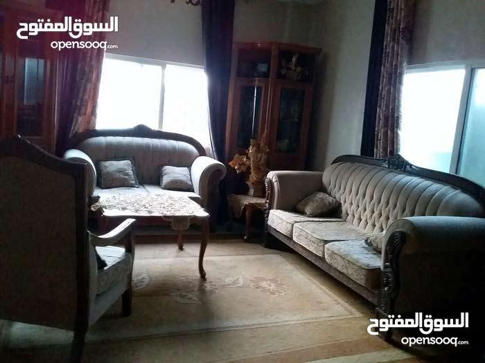 بيت مستقل للبيع في الزواهرة
