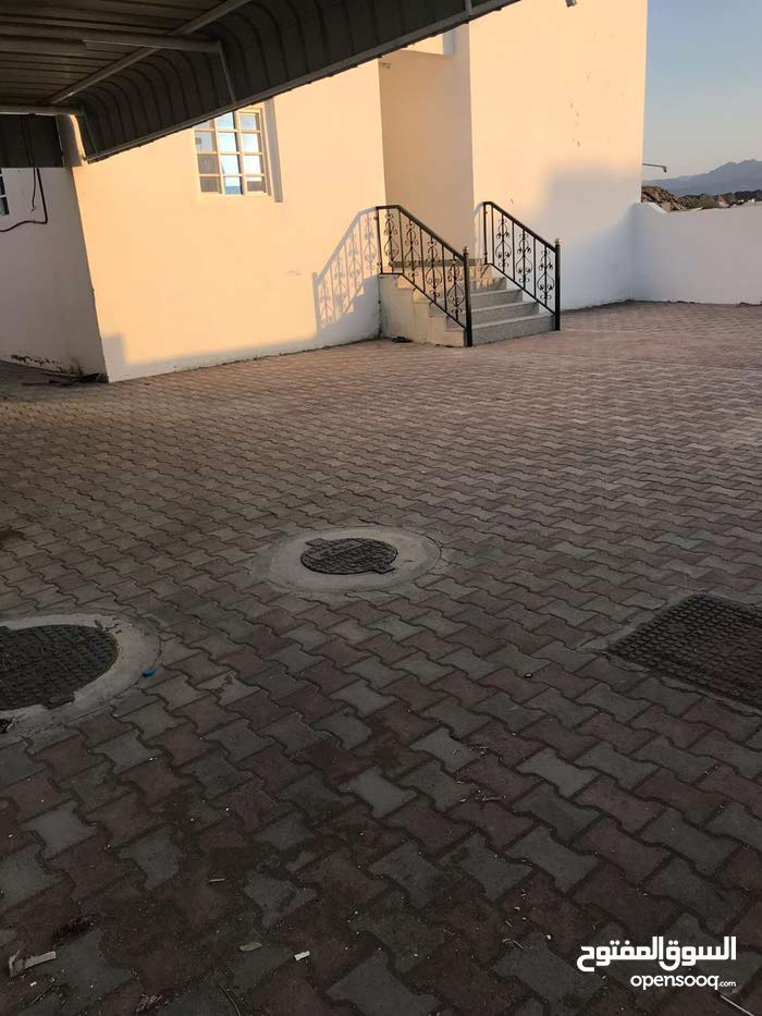 2 rooms Villa palace for rent in Muscat