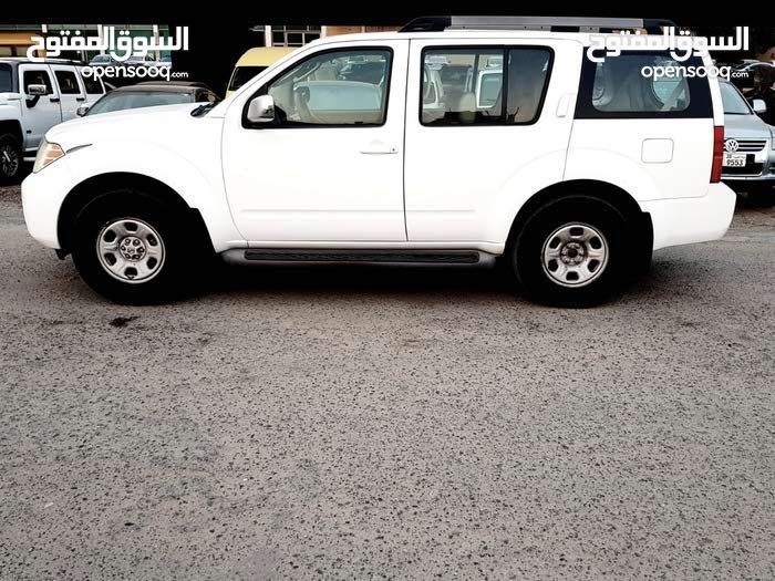 Used condition Nissan Pathfinder 2012 with  km mileage
