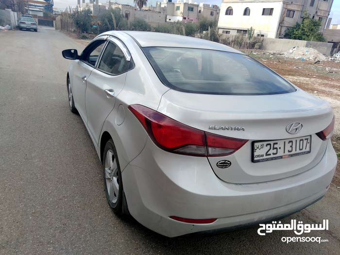 Hyundai Elantra car for sale 2016 in Zarqa city