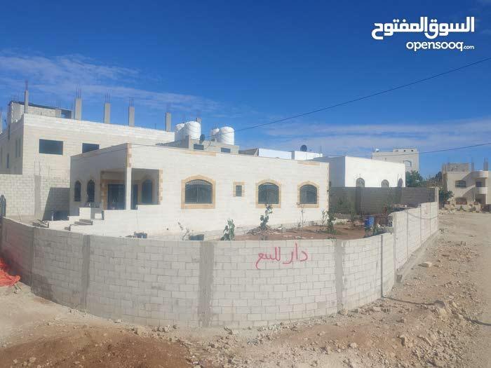 منزل للبيع في  منطقه العبدليه سحاب
