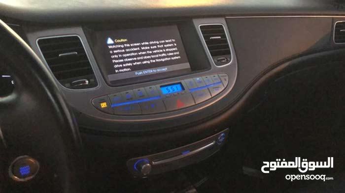 Hyundai Genesis car for sale 2012 in Al Masn'a city