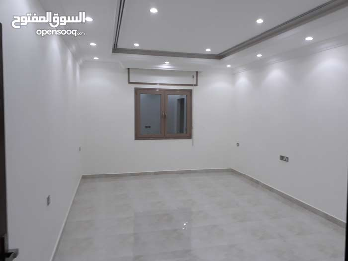 Apartment property for rent Mubarak Al-Kabeer - Abu Ftaira directly from the owner